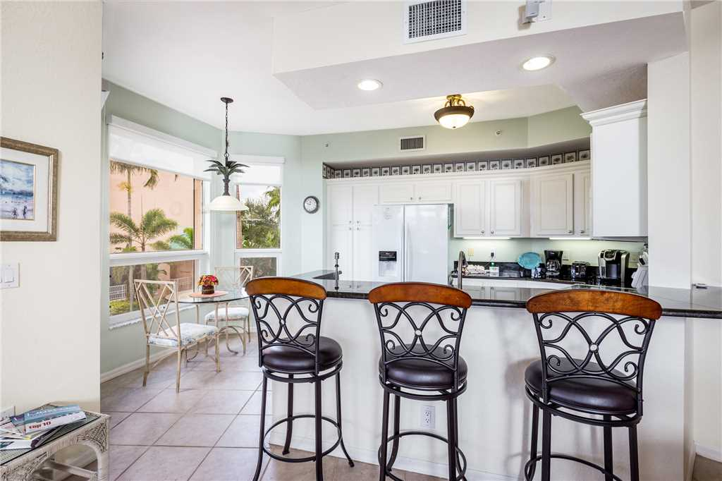 Palm Harbor 204E 3 Bedrooms Elevator Pool Spa WiFi Sleeps 6 Condo rental in Palm Harbor Condos in Fort Myers Beach Florida - #8