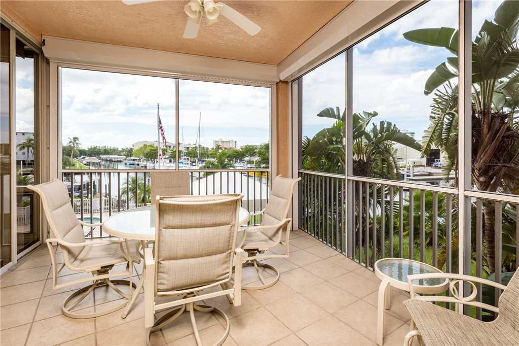 Palm Harbor 204E 3 Bedrooms Elevator Pool Spa WiFi Sleeps 6 Condo rental in Palm Harbor Condos in Fort Myers Beach Florida - #21