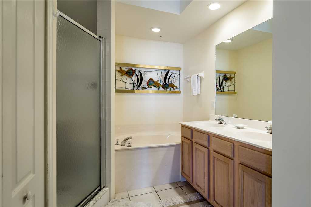 Palm Harbor 504W 3 Bedrooms Elevator Pool Hot Tub WiFi Sleeps 6 Condo rental in Palm Harbor Condos in Fort Myers Beach Florida - #9