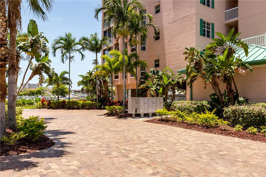 Palm Harbor 504W 3 Bedrooms Elevator Pool Hot Tub WiFi Sleeps 6 Condo rental in Palm Harbor Condos in Fort Myers Beach Florida - #21