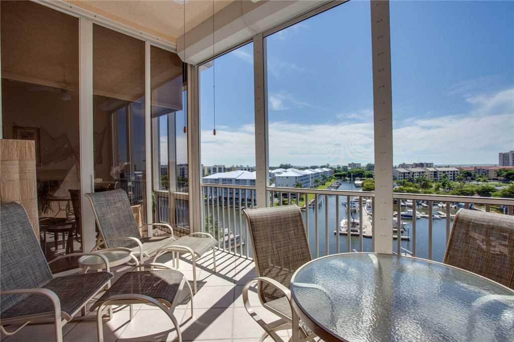 Palm Harbor 702W 2 Bedroom 7th Floor Elevator Pool Spa WiFi Sleeps 6 Condo rental in Palm Harbor Condos in Fort Myers Beach Florida - #19
