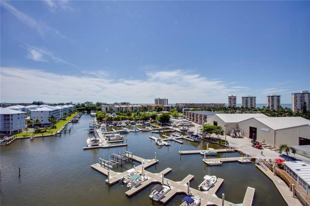 Palm Harbor 702W 2 Bedroom 7th Floor Elevator Pool Spa WiFi Sleeps 6 Condo rental in Palm Harbor Condos in Fort Myers Beach Florida - #20