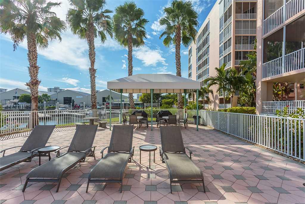 Palm Harbor 702W 2 Bedroom 7th Floor Elevator Pool Spa WiFi Sleeps 6 Condo rental in Palm Harbor Condos in Fort Myers Beach Florida - #29