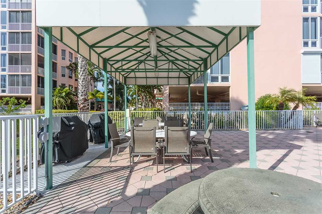 Palm Harbor 802W 2 Bedrooms 8th Floor Elevator Pool  WiFi Sleeps 6 Condo rental in Palm Harbor Condos in Fort Myers Beach Florida - #28