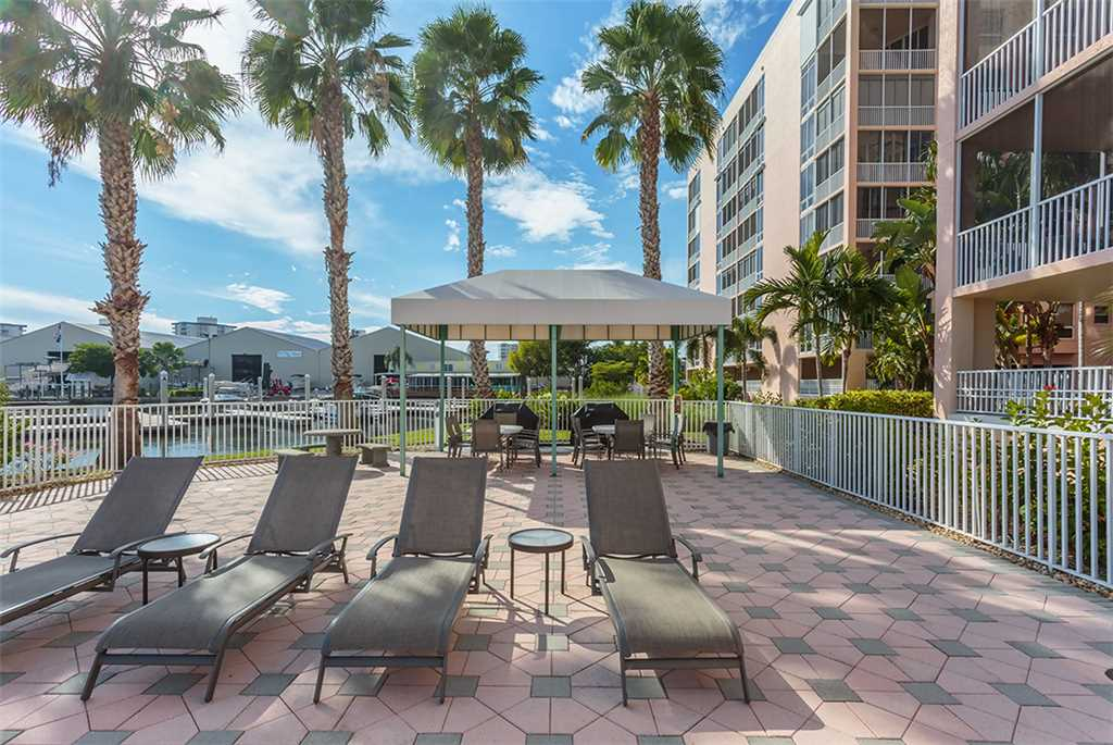 Palm Harbor 802W 2 Bedrooms 8th Floor Elevator Pool  WiFi Sleeps 6 Condo rental in Palm Harbor Condos in Fort Myers Beach Florida - #30