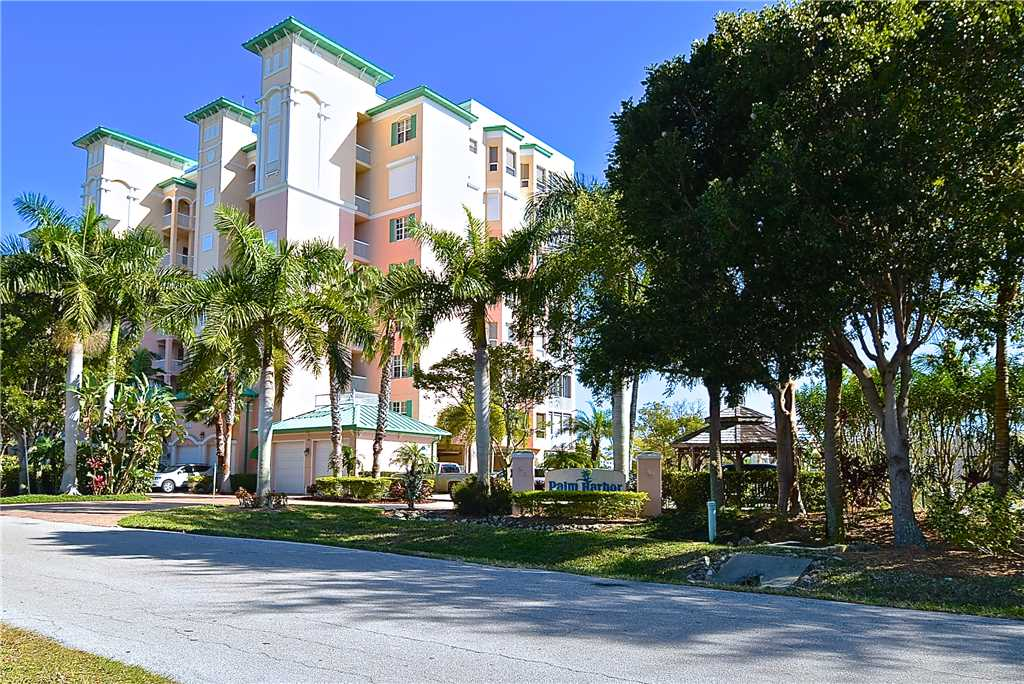 Palm Harbor 802W 2 Bedrooms 8th Floor Elevator Pool  WiFi Sleeps 6 Condo rental in Palm Harbor Condos in Fort Myers Beach Florida - #31