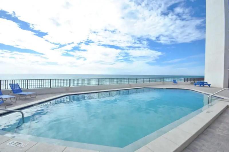 Aquavista Beachfront Pool Panama City Beach
