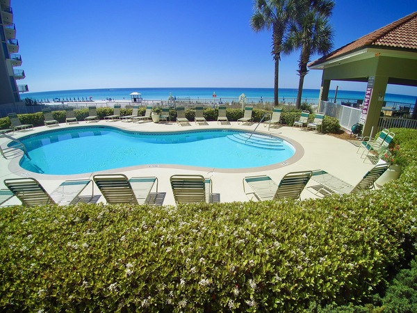 Large pool directly beach front at Coral Reef in Panama City Beach FL