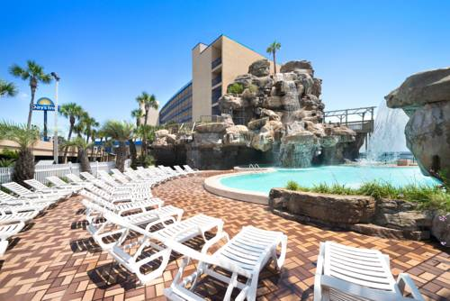 Days Inn Panama City Beach - https://www.beachguide.com/panama-city-beach-vacation-rentals-days-inn-panama-city-beach--1688-0-20168-5121.jpg?width=185&height=185