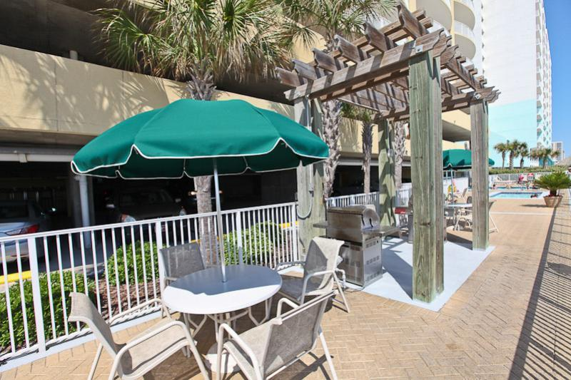 Grill area at Emerald Isle in Panama City Beach Florida