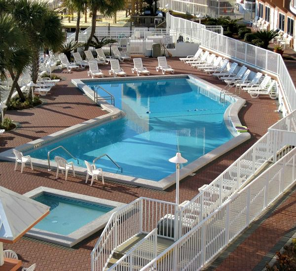 Palmetto Inn & Suites