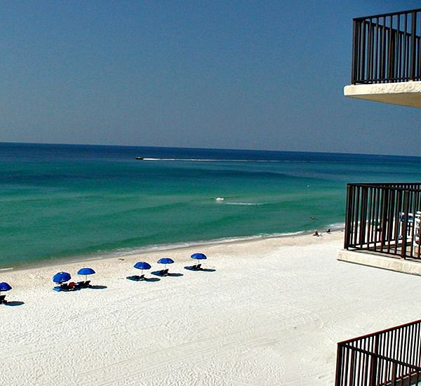 Pelican Walk Condominiums - https://www.beachguide.com/panama-city-beach-vacation-rentals-pelican-walk-condominiums-8367293.jpg?width=185&height=185