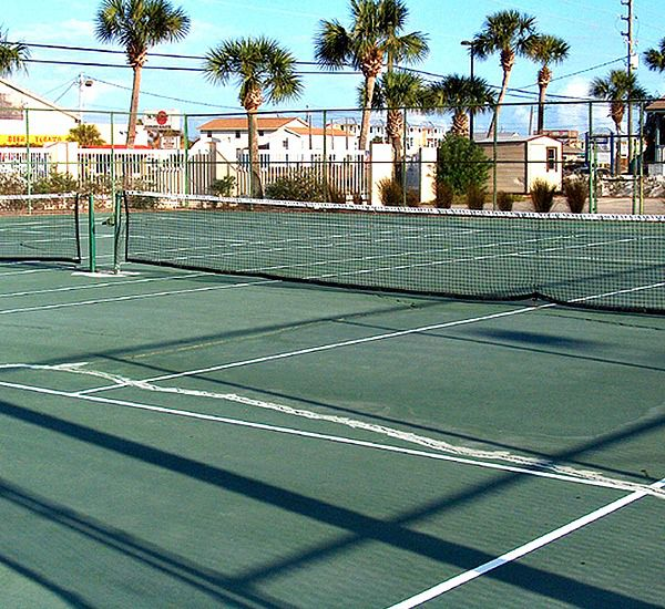 Tennis courts at Pelican Walk Panama City
