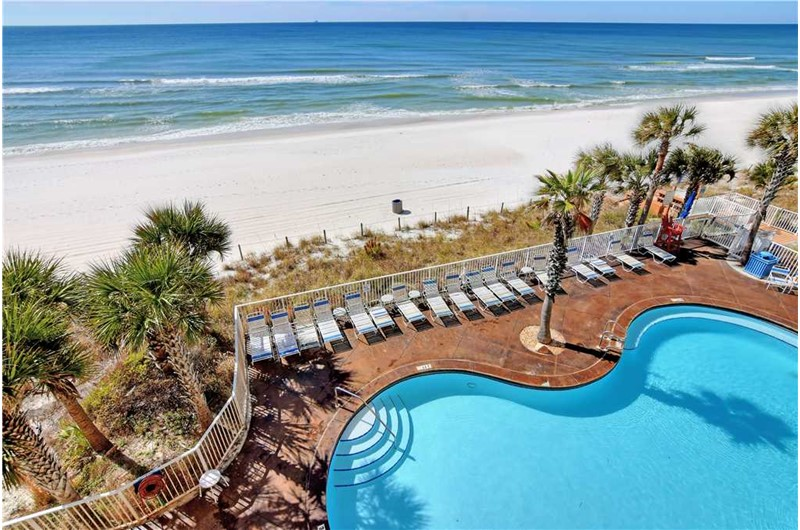 Get a great look at the pool and beach from SPLASH! in Panama City Beach Florida