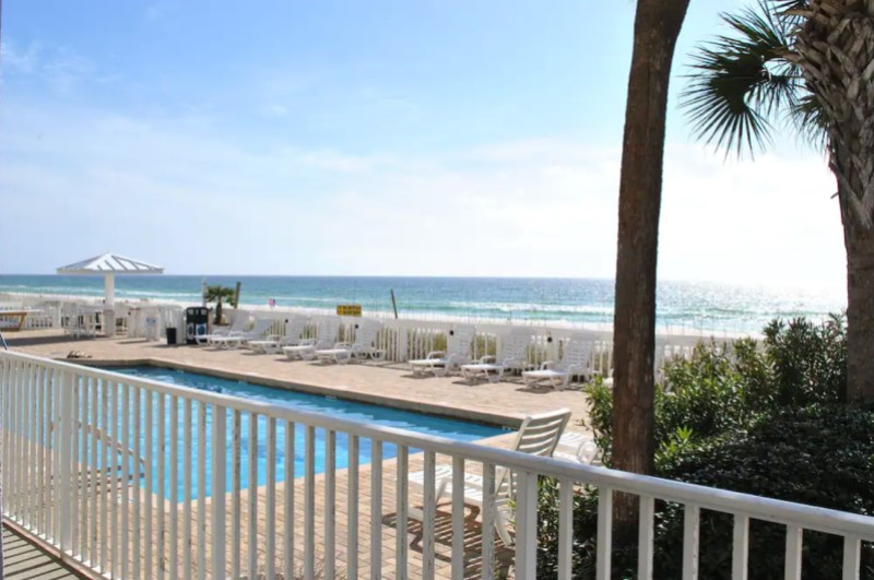 Sugar Sands Inn & Suites - https://www.beachguide.com/panama-city-beach-vacation-rentals-sugar-sands-inn--suites--16-0-20216-671.jpg?width=185&height=185