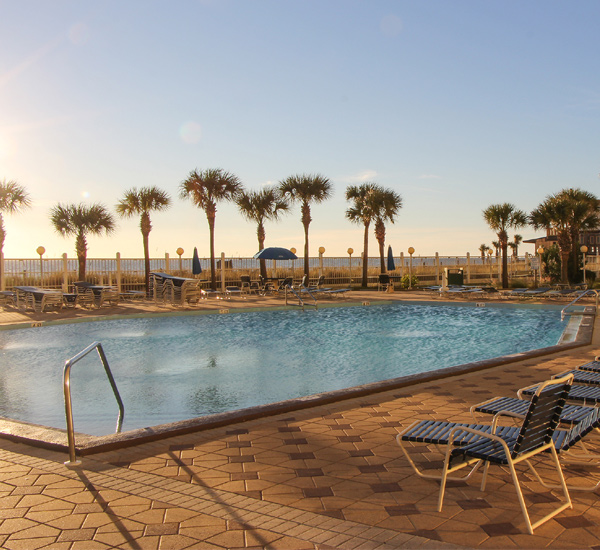 Summit Beach Resort - https://www.beachguide.com/panama-city-beach-vacation-rentals-summit-beach-resort-8369154.jpg?width=185&height=185