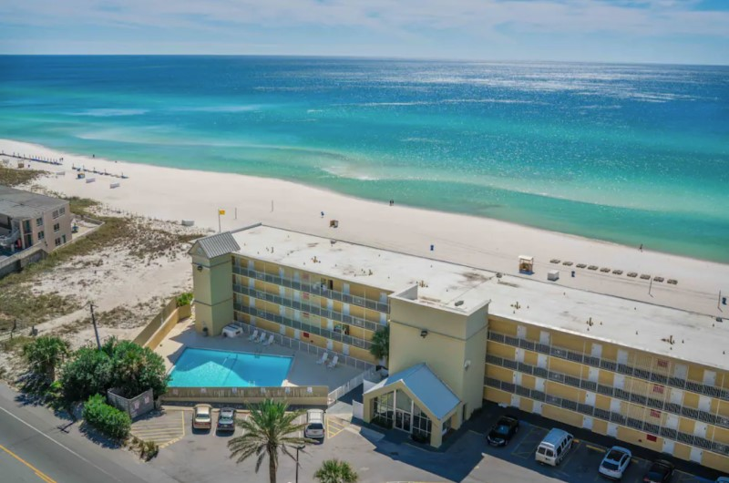 The Reef at Seahaven Beach Resorts - https://www.beachguide.com/panama-city-beach-vacation-rentals-the-reef-at-seahaven-beach-resorts--536-0-20216-2401.jpg?width=185&height=185