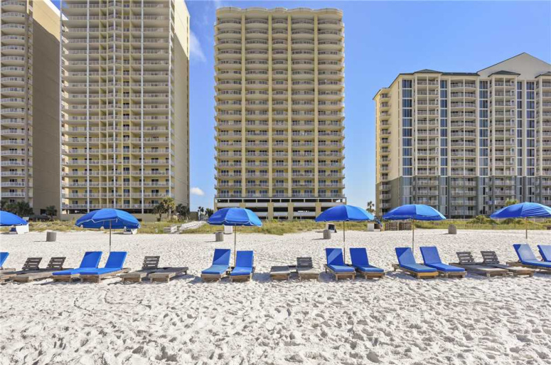 Twin Palms - https://www.beachguide.com/panama-city-beach-vacation-rentals-twin-palms--1575-0-20216-381.jpg?width=185&height=185