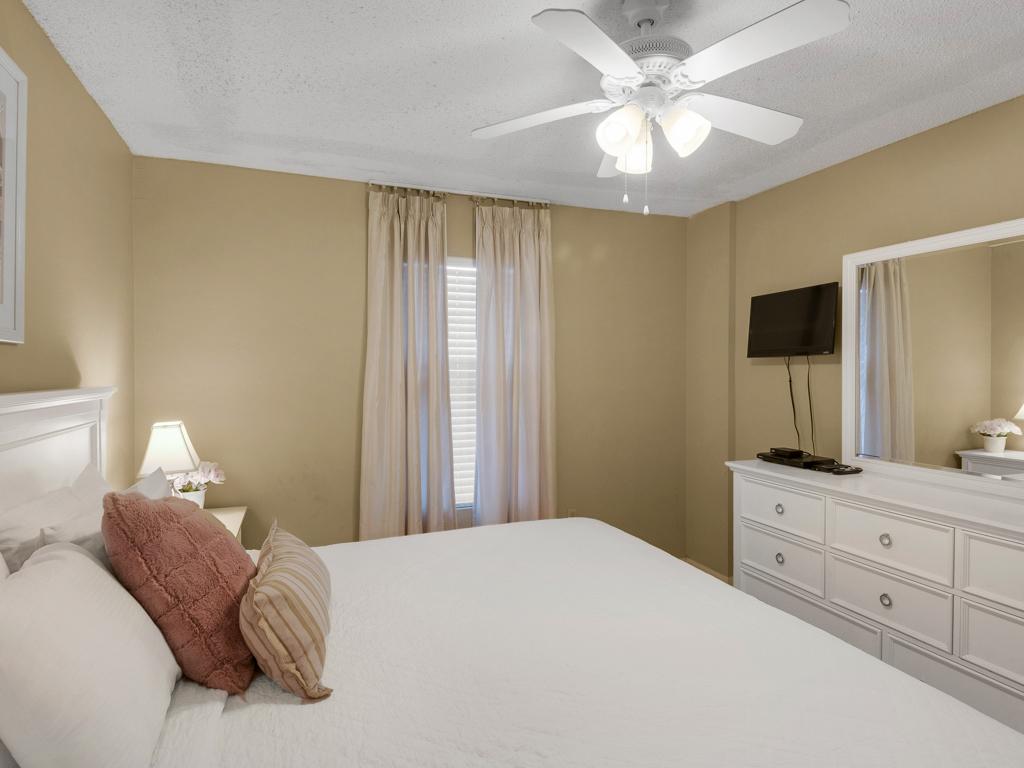 Pelican Beach Resort 0210 Condo rental in Pelican Beach Resort in Destin Florida - #16