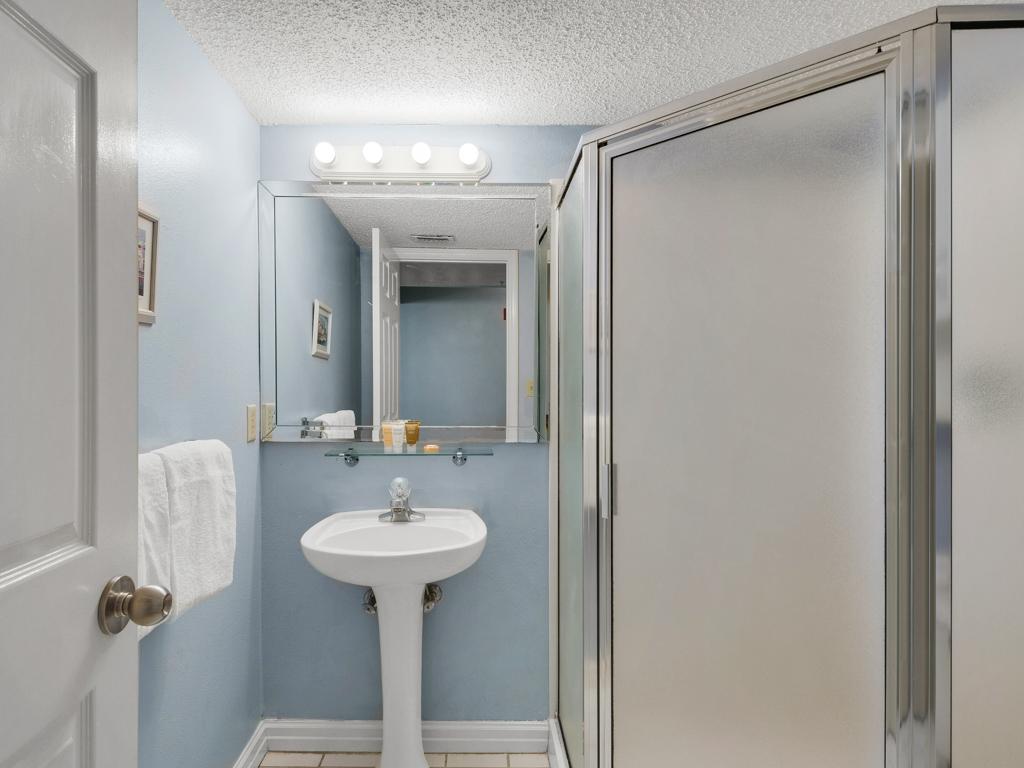 Pelican Beach Resort 0210 Condo rental in Pelican Beach Resort in Destin Florida - #20