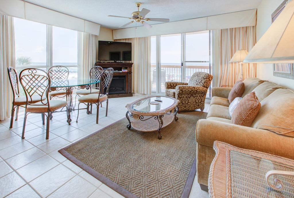 Pelican Beach Resort 0301