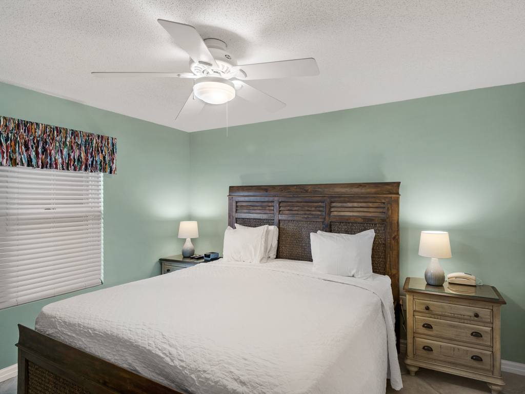 Pelican Beach Resort 0405 Condo rental in Pelican Beach Resort in Destin Florida - #17