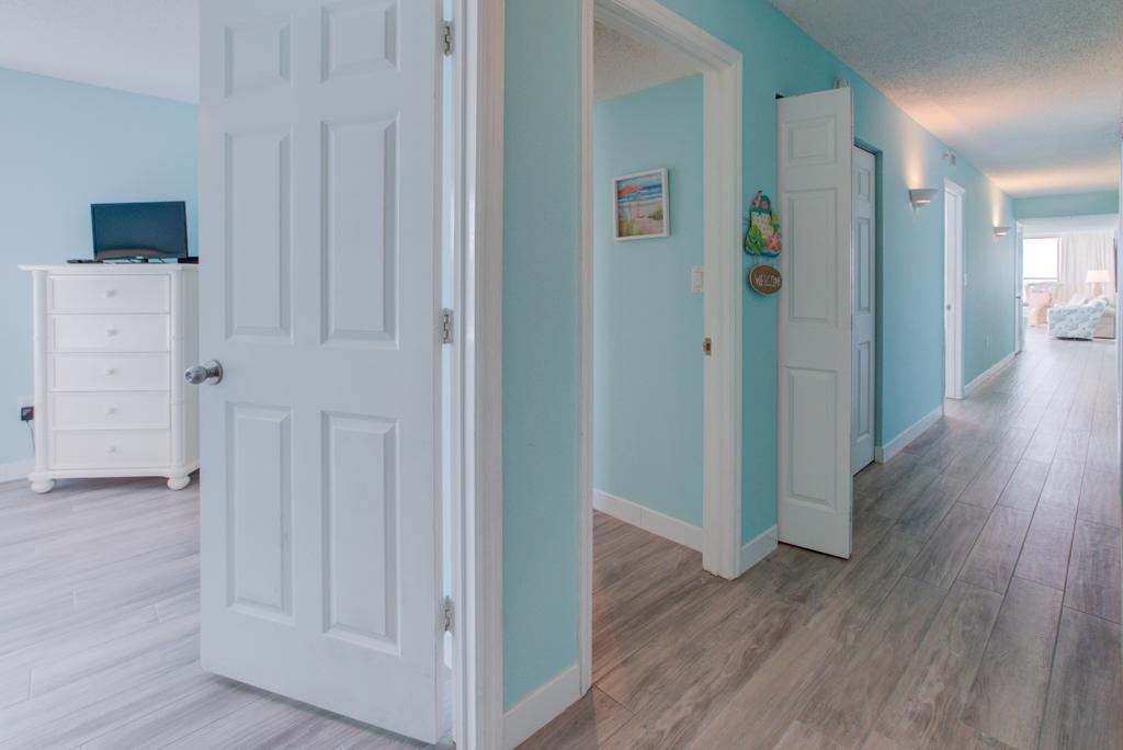 Pelican Beach Resort 1001 Condo rental in Pelican Beach Resort in Destin Florida - #11
