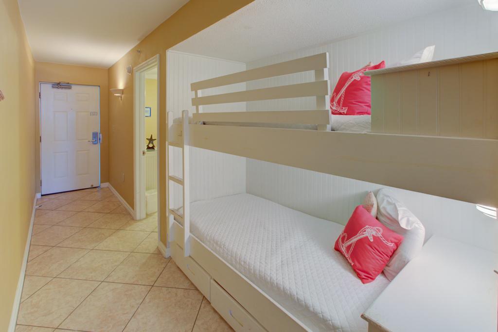 Pelican Beach Resort 1003 Condo rental in Pelican Beach Resort in Destin Florida - #9