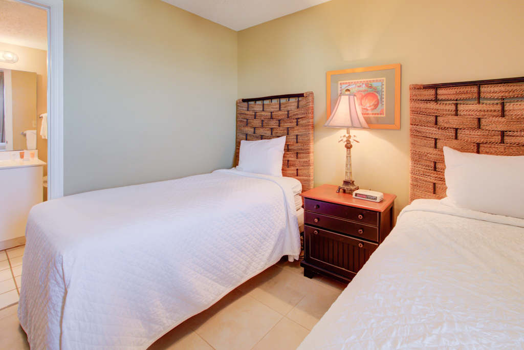 Pelican Beach Resort 1412 Condo rental in Pelican Beach Resort in Destin Florida - #11