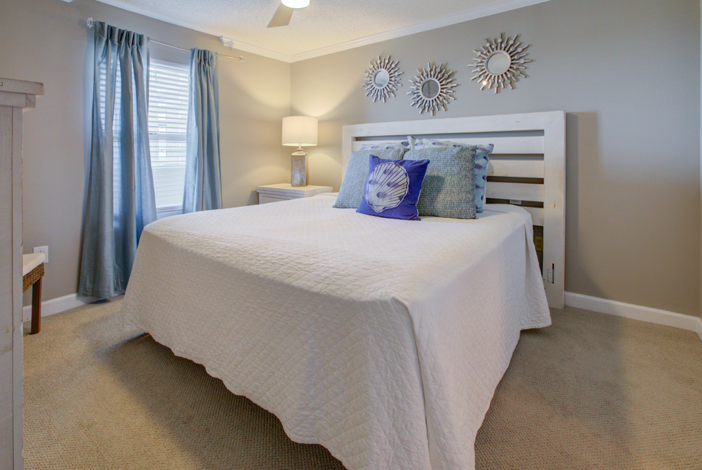 Pelican Beach Resort 1509 Condo rental in Pelican Beach Resort in Destin Florida - #18