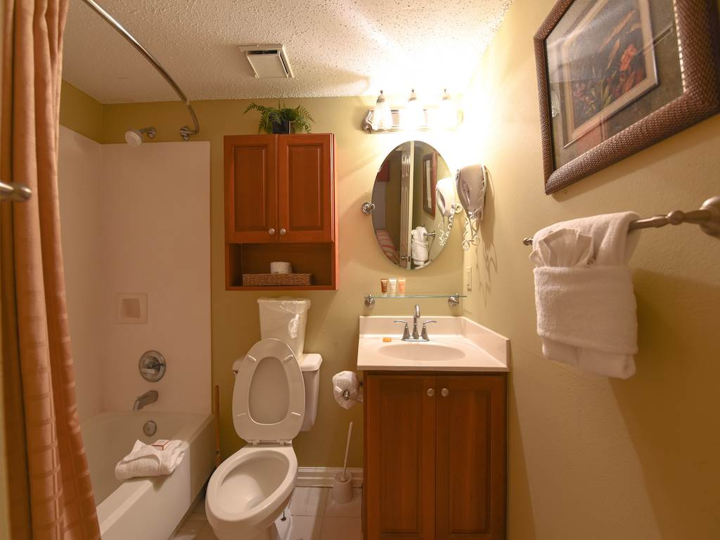 Pelican Beach Resort 1602 Condo rental in Pelican Beach Resort in Destin Florida - #7