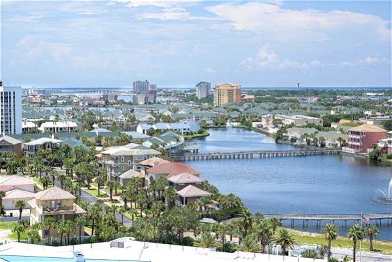 The Resorts Of Pelican Beach 1613 Destin Condo rental in Pelican Beach Resort in Destin Florida - #16