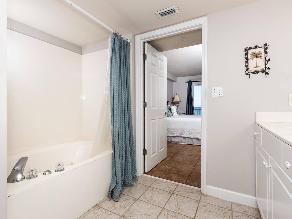 Pelican Isle 512 Condo rental in Pelican Isle Fort Walton Beach in Fort Walton Beach Florida - #16
