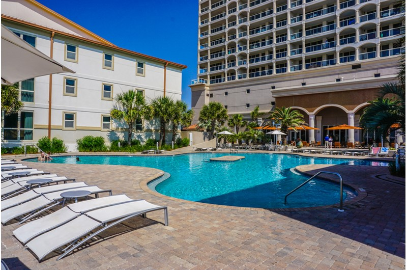 Large pool with plenty of room for everyone at Beach Club Resort and Spa in Pensacola Beach FL