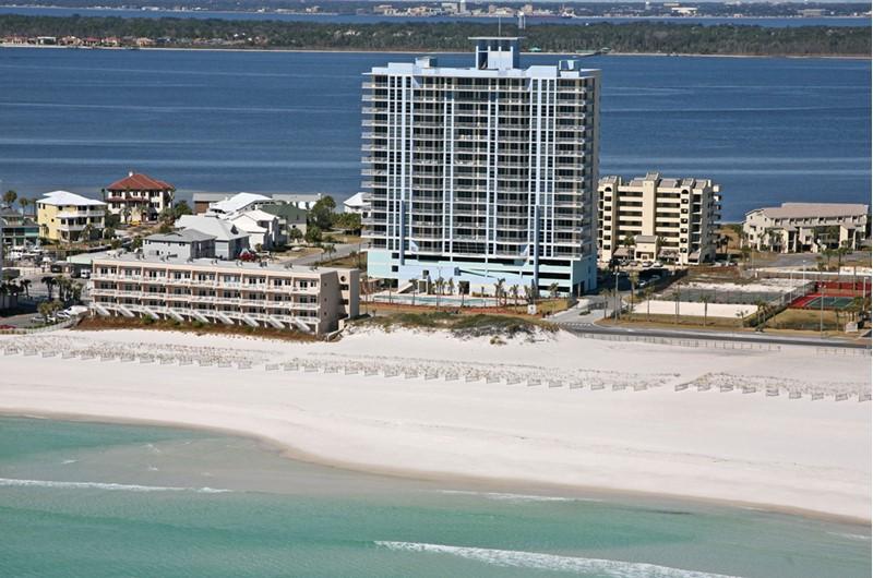 Emerald Dolphin - https://www.beachguide.com/pensacola-beach-vacation-rentals-emerald-dolphin--1258-0-20166-mg5091.jpg?width=185&height=185