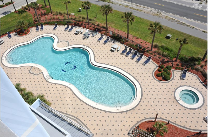 A lovely pool at Emerald Dolphin in Pensacola Beach Florida