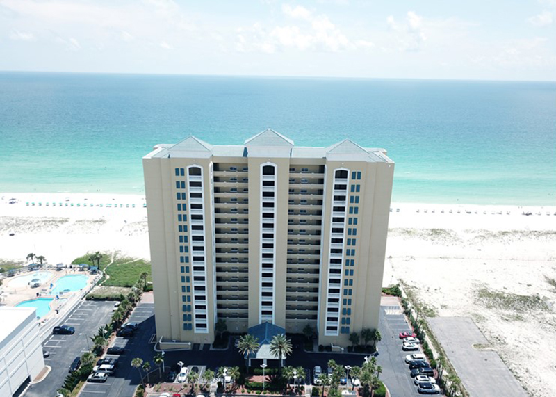 Emerald Isle is directly on the beach with amazing views in Pensacola Beach Florida