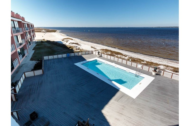 Nice pool deck and pool at Palm Beach Club Pensacola FL