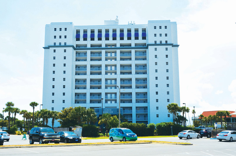 South Harbour - https://www.beachguide.com/pensacola-beach-vacation-rentals-south-harbour-8718664.jpg?width=185&height=185