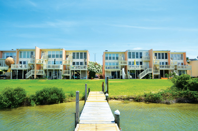 Treehouse Townhomes - https://www.beachguide.com/pensacola-beach-vacation-rentals-treehouse-townhomes-8718677.jpg?width=185&height=185