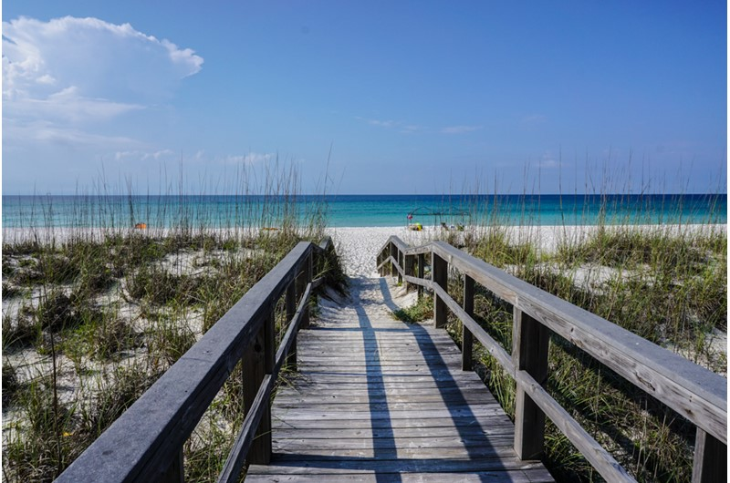 Easy access to the beach from White Sands in Pensacola Florida
