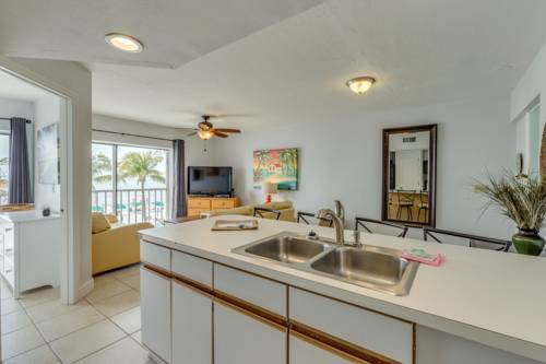 Pierview Hotel and Suites in Fort Myers Beach FL 32