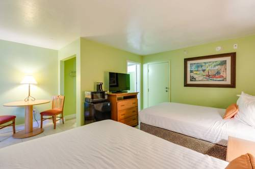 Pierview Hotel And Suites in Fort Myers Beach FL 33