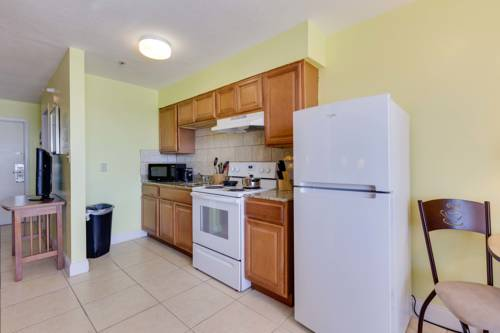 Pierview Hotel And Suites in Fort Myers Beach FL 39