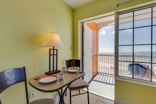 Pierview Hotel And Suites in Fort Myers Beach FL 41
