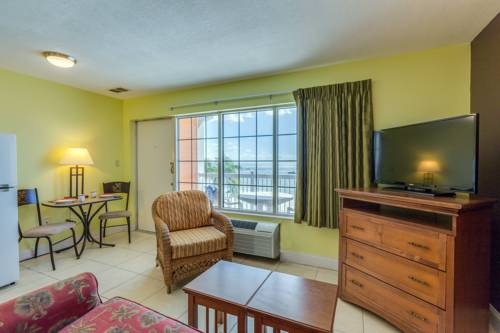 Pierview Hotel And Suites in Fort Myers Beach FL 43