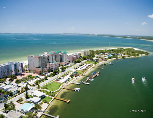 Pink Shell Beach Resort & Marina in Fort Myers Beach FL 39