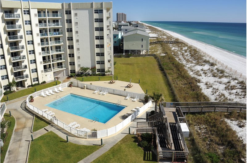 Great pool area at Regency Towers in Pensacola Beach Florida