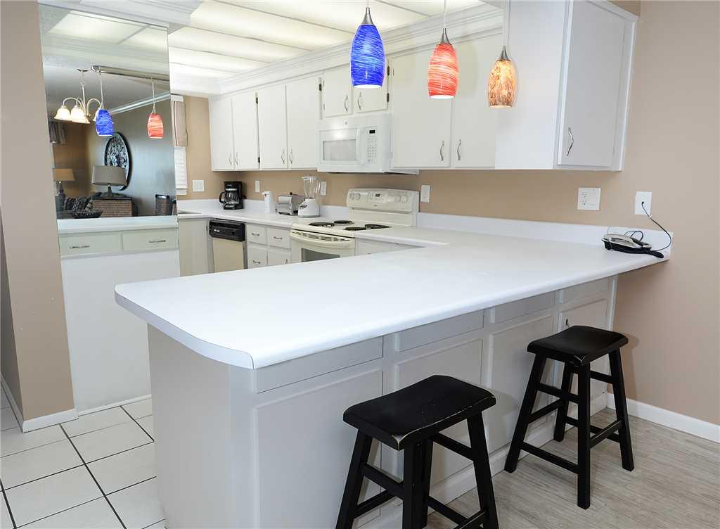 Regency 712 2 Bedrooms Beachfront Wi-Fi Pool Sleeps 8 Condo rental in Regency Towers in Panama City Beach Florida - #10