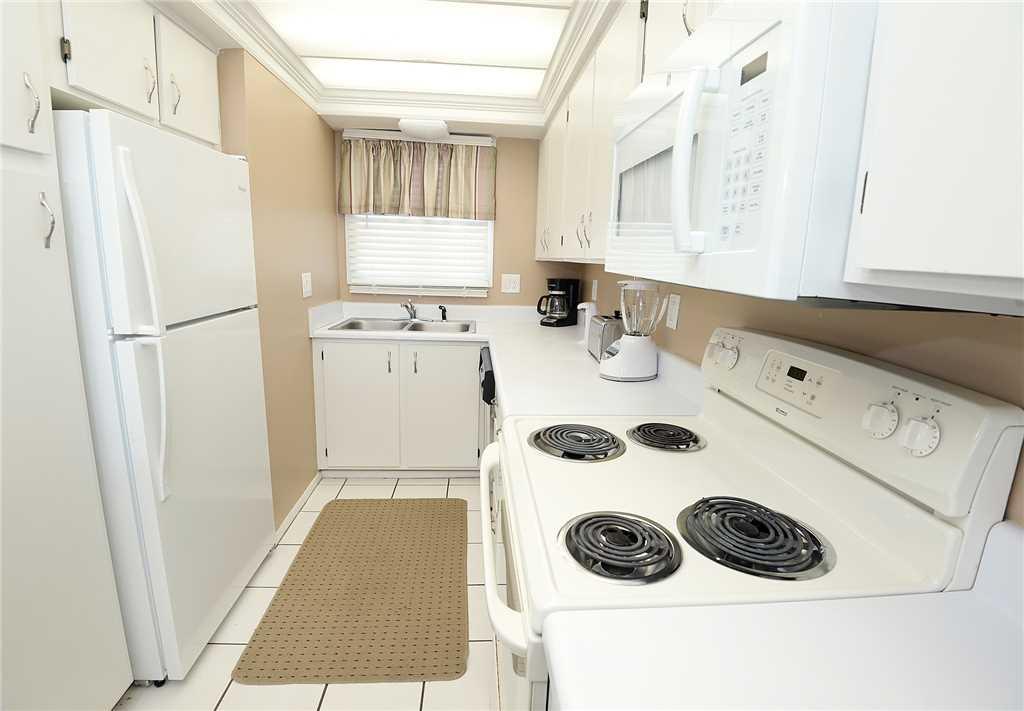 Regency 712 2 Bedrooms Beachfront Wi-Fi Pool Sleeps 8 Condo rental in Regency Towers in Panama City Beach Florida - #11